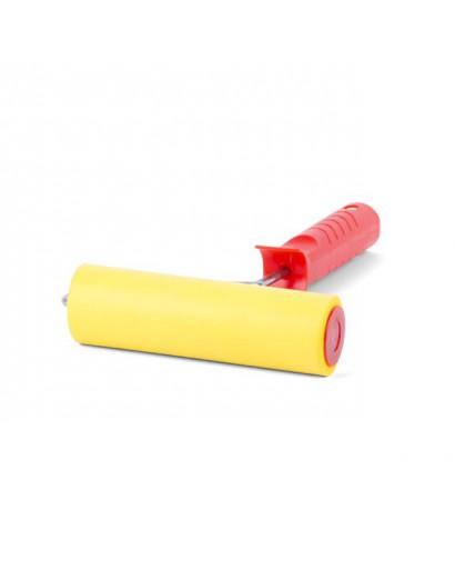 Валик прижимной обойный 40*150*6 мм с ручкой INTERTOOL KT-0017