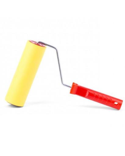 Валик прижимной обойный 48*180*6 мм с ручкой INTERTOOL KT-0018
